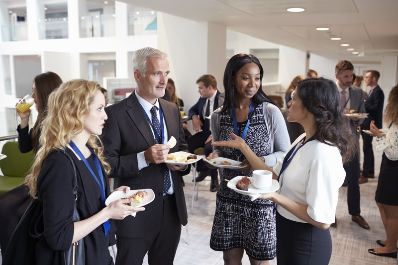 How to Be More Effective at Professionals Networking